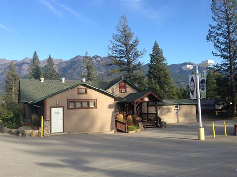 Hoodoos Bar and Grill is a business for sale in BC.