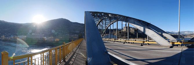 victoria-street-bridge-trail-bc