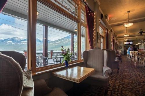 kaslo-hotel-inside