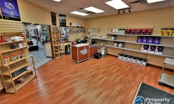 Squeezed Grape Castlegar Location 198804 is a business for sale in BC.