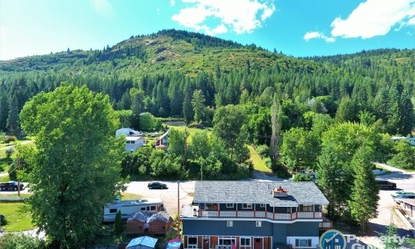 Beaver Falls Motel RV Park 198106 is a business for sale in BC.